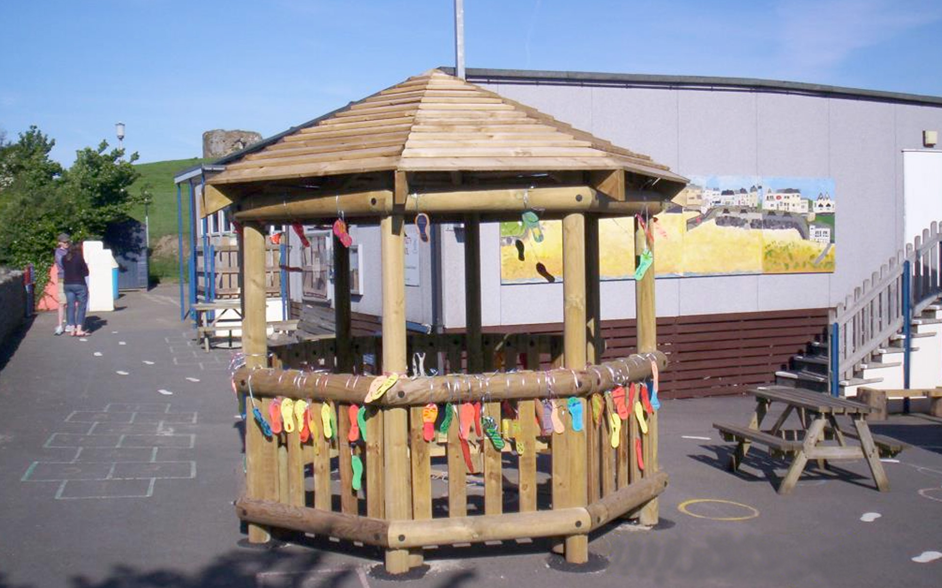 3m Octagonal Timber Shelter - Play Quest